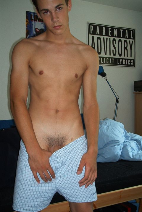 College boy pubic hair photo gay dukke